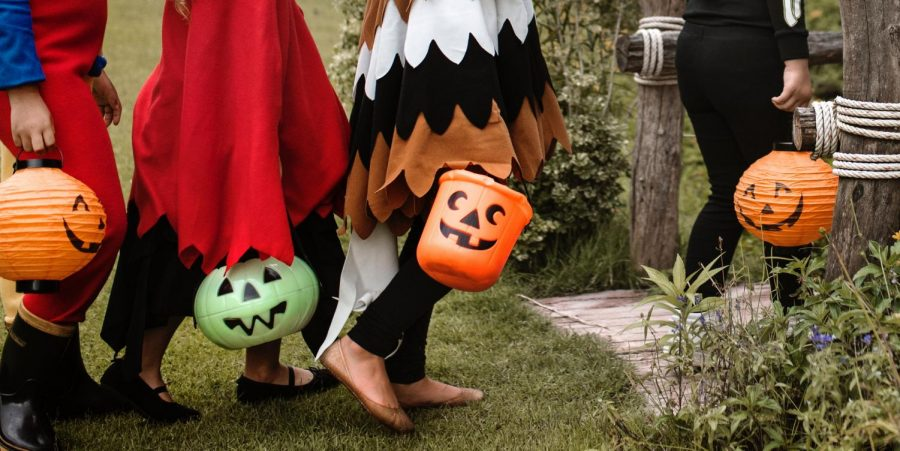 Ways to stay safe during Halloween